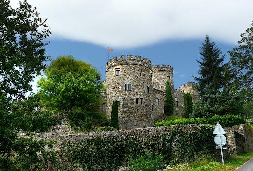 Castello di Chouvigny