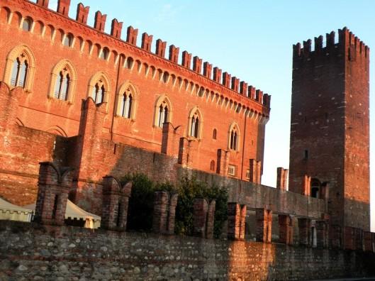 Castello di Carmate